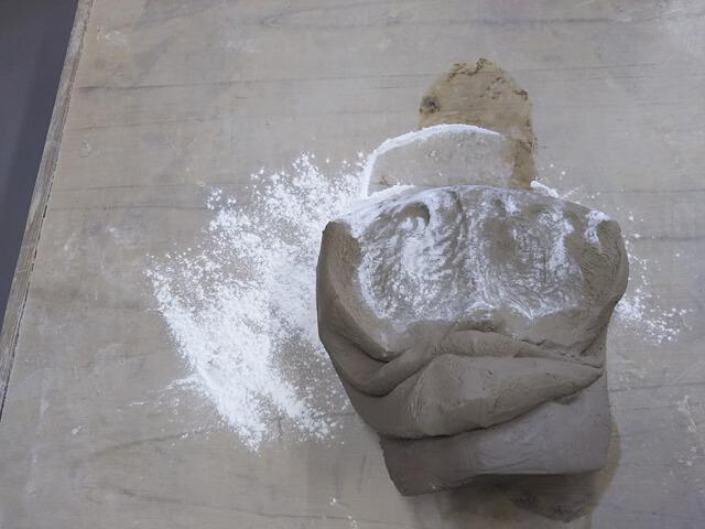 粘土を硬くする